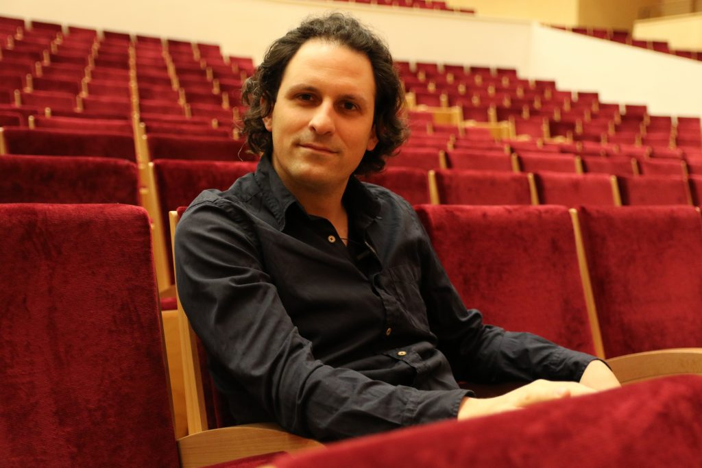 Alexandre Bloch, chef de l'orchestre national de Lille